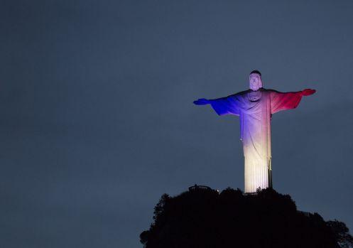 pray-for-paris_brazil